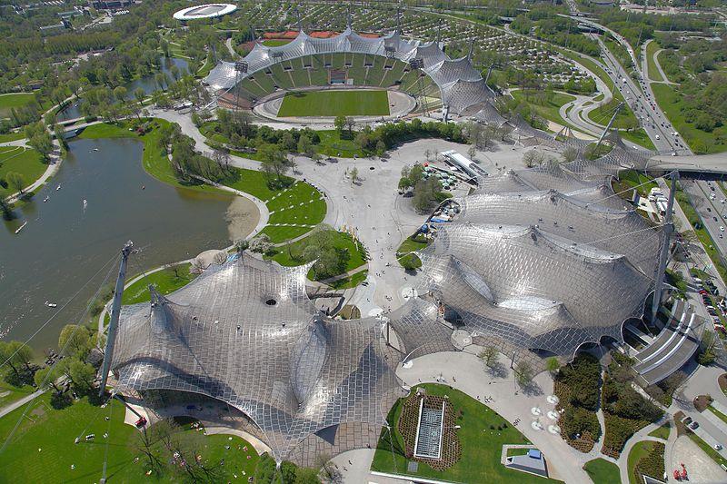 800px-Olympiastadion,_Múnich,_Alemania_2012-04-28,_DD_03