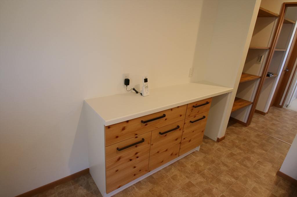カテゴリ別:キッチン背面収納